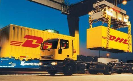 DHL inicia transporte de cargas em balsas oceânicas no Brasil