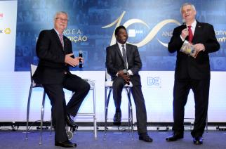 Câmara Brasil-Alemanha comemora 100 anos com presença de Pelé