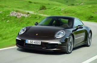 Porsche apresenta veículo híbrido de tomada no Salão do Automóvel