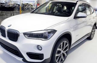 BMW Araquari celebra unidades exportadas