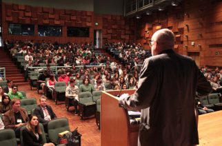 Feira de escolas e empresas alemãs reúne 420 alunos