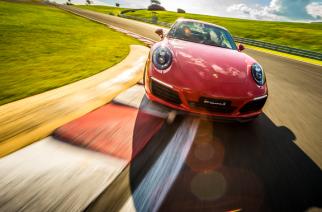 Porsche realiza investimentos substanciais