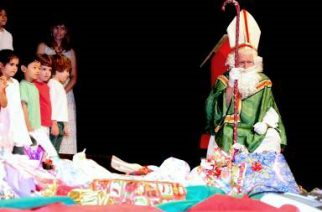 Colégio Humboldt realiza festa natalina