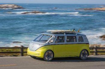 Volkswagen na direção da condução autônoma