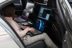 P90300102_lowRes_autonomous-driving-c