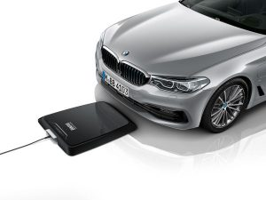 P90277538_lowRes_bmw-wireless-chargin