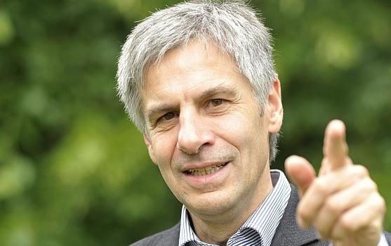 Club Transatlântico promove palestra com o fundador do Partido Verde Alemão