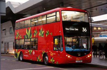 ZF eletrifica ônibus em Londres e nos EUA e proporciona transporte urbano com emissão zero