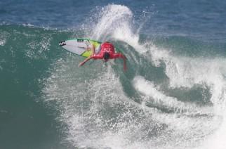 Audi inicia parceria com surfista Italo Ferreira