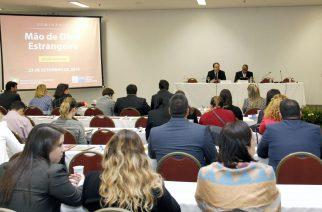 Seminário de Mão de Obra Estrangeira debate temas factuais do setor