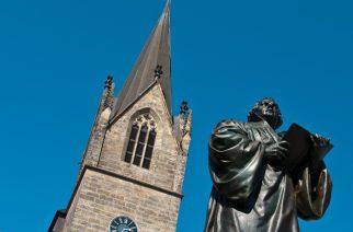 Europa, Deutschland, Thueringen, Erfurt, Landeshauptstadt, Altstadt, Anger, Kaufmannskirche, Martin Luther Denkmal, Denkmal, Statue