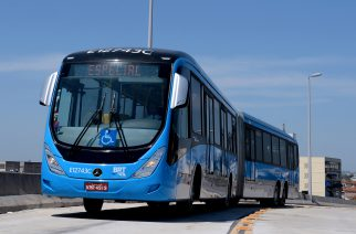 Mercedes-Benz lança maior ônibus superarticulado para BRT do mundo