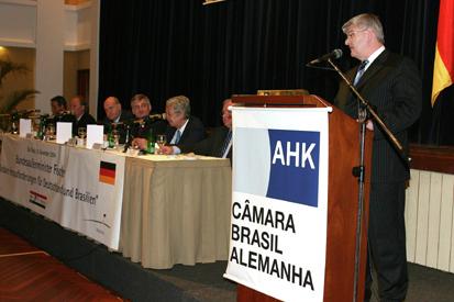Ministro das Relações Exteriores Joschka Fischer visita o Brasil