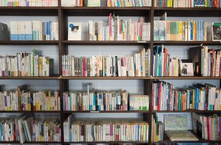 Aliança doa contêiner para projeto de incentivo à leitura