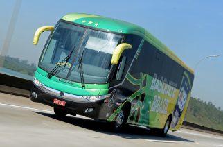 Mercedes-Benz entrega ônibus para Confederação Brasileira de Basketball