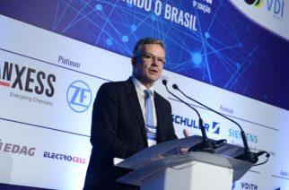 VDI discute formação e atuação do engenheiro na transformação do País