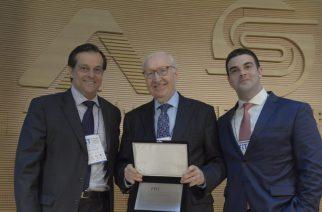 Título de Professor Emérito conferido ao Prof. Dr. Gerd Willi Rothmann