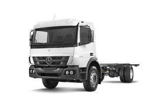 Mercedes-Benz exporta caminhões para coleta de lixo no Líbano