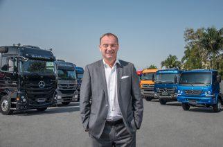 Mercedes-Benz contrata colaboradores