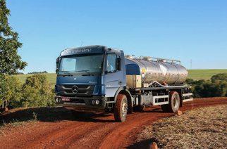 Mercedes-Benz comprova robustez dos caminhões Accelo e Atego na Feicon