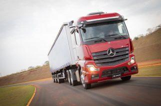 Mercedes-Benz é a fabricante de caminhões e ônibus que mais inova com startups no Brasil